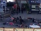 Ubili desetke bandita koji su noževima napali policiju i civile