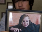 Žrtvovala se: Mlada majka (17) odustala od kemoterapije kako bi rodila sina