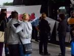 Hrvati odlaze iz Hrvatske, a stranci se doseljavaju. Najviše Bošnjaci i Srbi