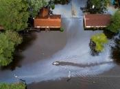 Florence ne popušta, stotine zarobljenih u poplavama