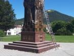 Kupres: Postavljen impozantan spomenik poginulim braniteljima i civilima
