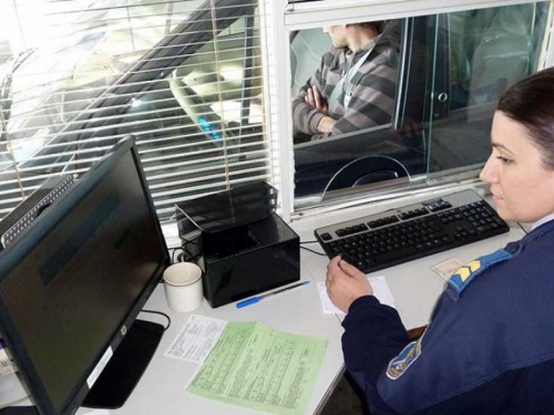 Turci bez dokumenata otkriveni kod Gacka, krijumčar uhićen
