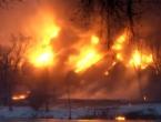U izlijetanju vlaka zapalilo se 14 cisterni