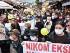 Opozicija ogranizirala prosvjede u Sarajevu, više tisuća građana protivilo se korupciji