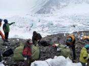 Na Mount Everestu pronađena četiri tijela i 11 tona smeća