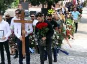 Pokopan Ljubo Bešlić, ispratio ga veliki broj građana