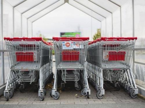 BiH: Plaća porasla za 161 KM, potrošačka košarica poskupjela za 500 KM