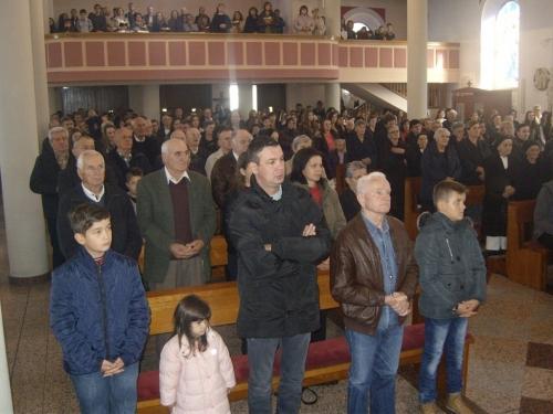 FOTO: Bogoslovi i poglavari Vrhbosanskog bogoslovnog sjemeništa posjetili Prozor i Šćit