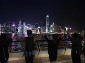 """Tisuće prosvjednika u Hong Kongu formirali """"ljudski lanac"""""""