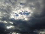 Oblačno vrijeme, pljuskovi i grmljavina