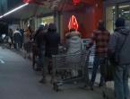 Talijani od noćas pustoše trgovine