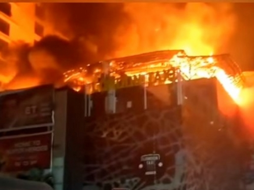 Veliki požar u restoranu u Indiji, najmanje 14 mrtvih
