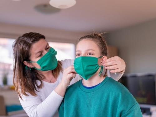 Hoćemo li morati nositi masku nakon što se cijepimo protiv covida-19?