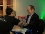 U Švedskoj ugrađuju čipove pod kožu zaposlenicima