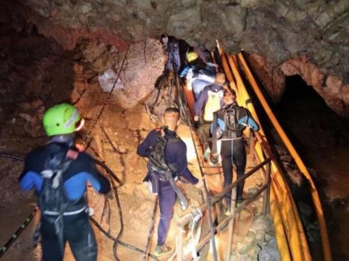 Misija spašavanja dječaka iz pećine na Tajlandu obustavljena