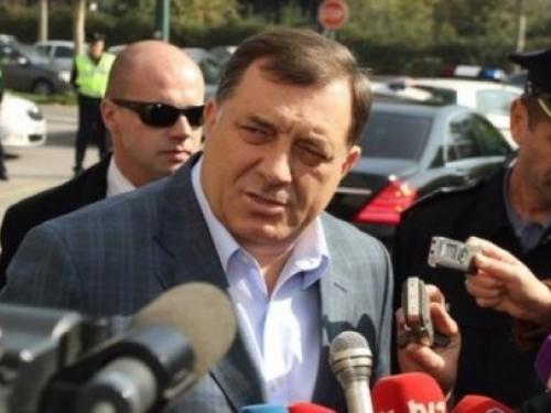 Dodik ljut zbog Izetbegovićevog boravka u Doboju