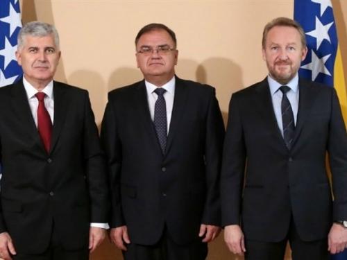 Članovi Predsjedništva BiH idu u Bruxelles, razlog Izborni zakon