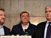 Dodik poručio da neće inicirati sastanak sa Izetbegovićem i Čovićem
