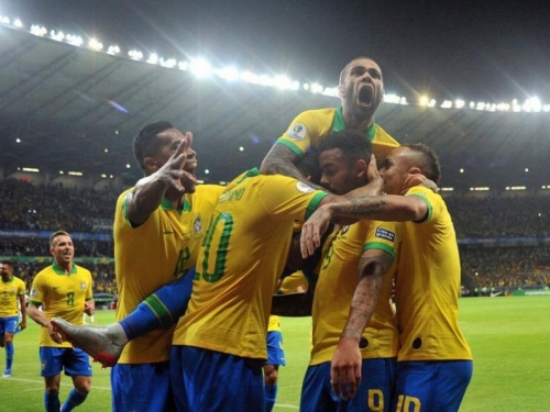 Brazil u finalu, Messi i ovaj puta ostaje bez trofeja