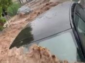 Rijetki mediteranski uragan hara Italijom