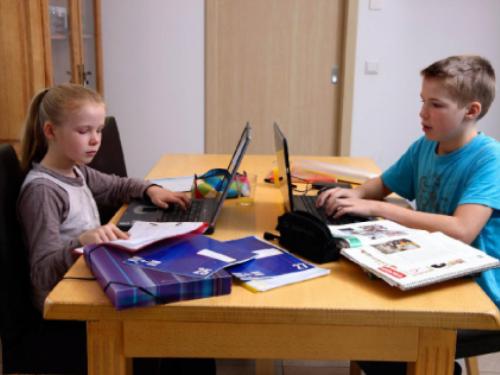 Neki učenici pali godinu: Nisu imali uvjete za online nastavu?!