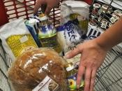 U RS jedna osoba može kupiti 25 kg brašna, dva kg soli, do tri litre ulja...