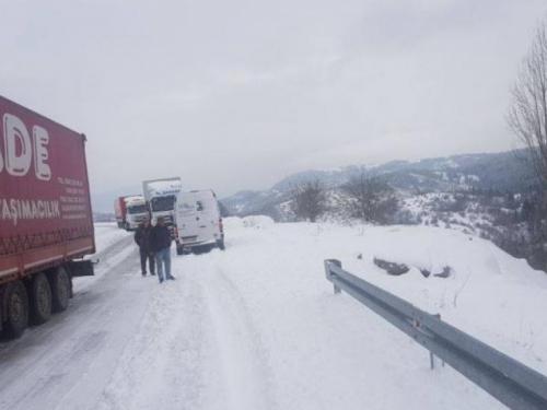 Kolona šlepera napravila zastoj na putu Rama - Tomislavgrad