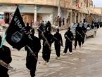 Pripadnici islamske države pogubljuju civile te ih zakopavaju u masovne grobnice