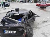 Osoba stradala u jučerašnjoj prometnoj nesreći životno ugrožena