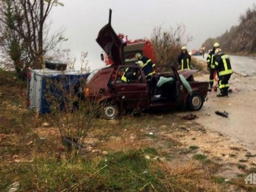 Na cesti Posušje - Grude teška prometna nesreća