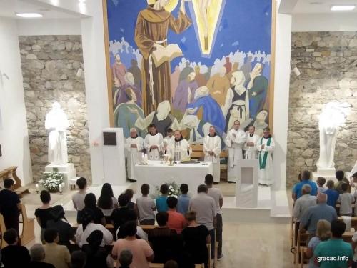 FOTO: Proslava sv. Ante u Gračacu