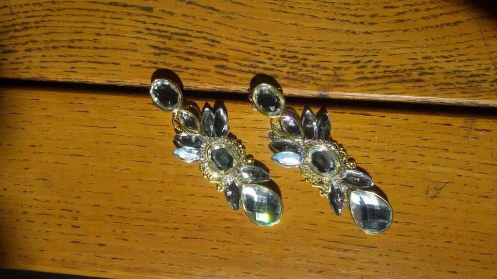 Rama-Prozor.Info • Uz Antonelin nakit nećete proći nezamijećeno!